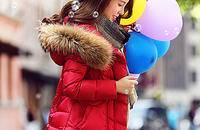 冬季羽绒服搭配让你尽情享受雪花的浪漫